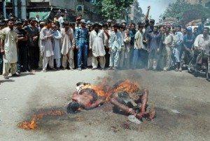 حقيقة حرق مسلمين في بورما