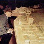 حقيقة صورة هتلر بيتفقد العاصمة العالمية بديلة برلين