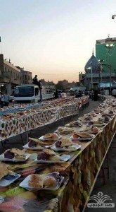 حقيقة اطول مائدة في تركيا للاجئيين السوريين