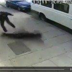 حقيقة قتل بريطاني لفتاة مسلمة محجبة