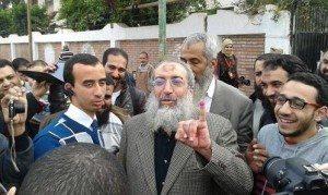 حقيقة صورة تصويت ياسر برهامي مع الهام شاهين
