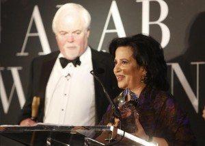 حقيقة فوز ميا خليفة بجائزة المرأة العربية السنوية