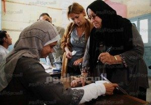 حقيقة مقابلة والدة ريجيني بوالدة خالد سعيد