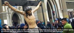 حقيقة تحطيم تمثال السيد المسيح في السويد