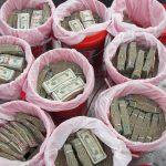 حقيقة ضبط الشرطة لدولارات الصرافة قبل تهريبها
