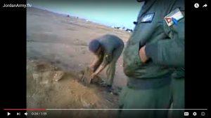 حقيقة دفن أطفال أحياء في بورما