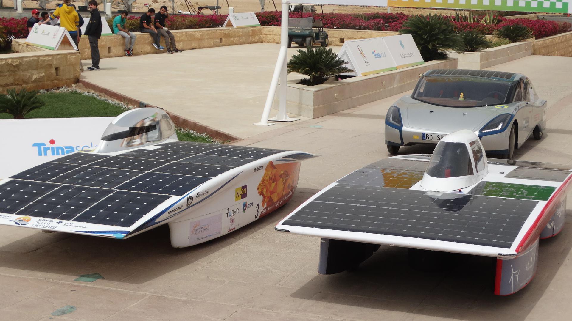 حقيقة سباق سيارات الطاقة الشمسية