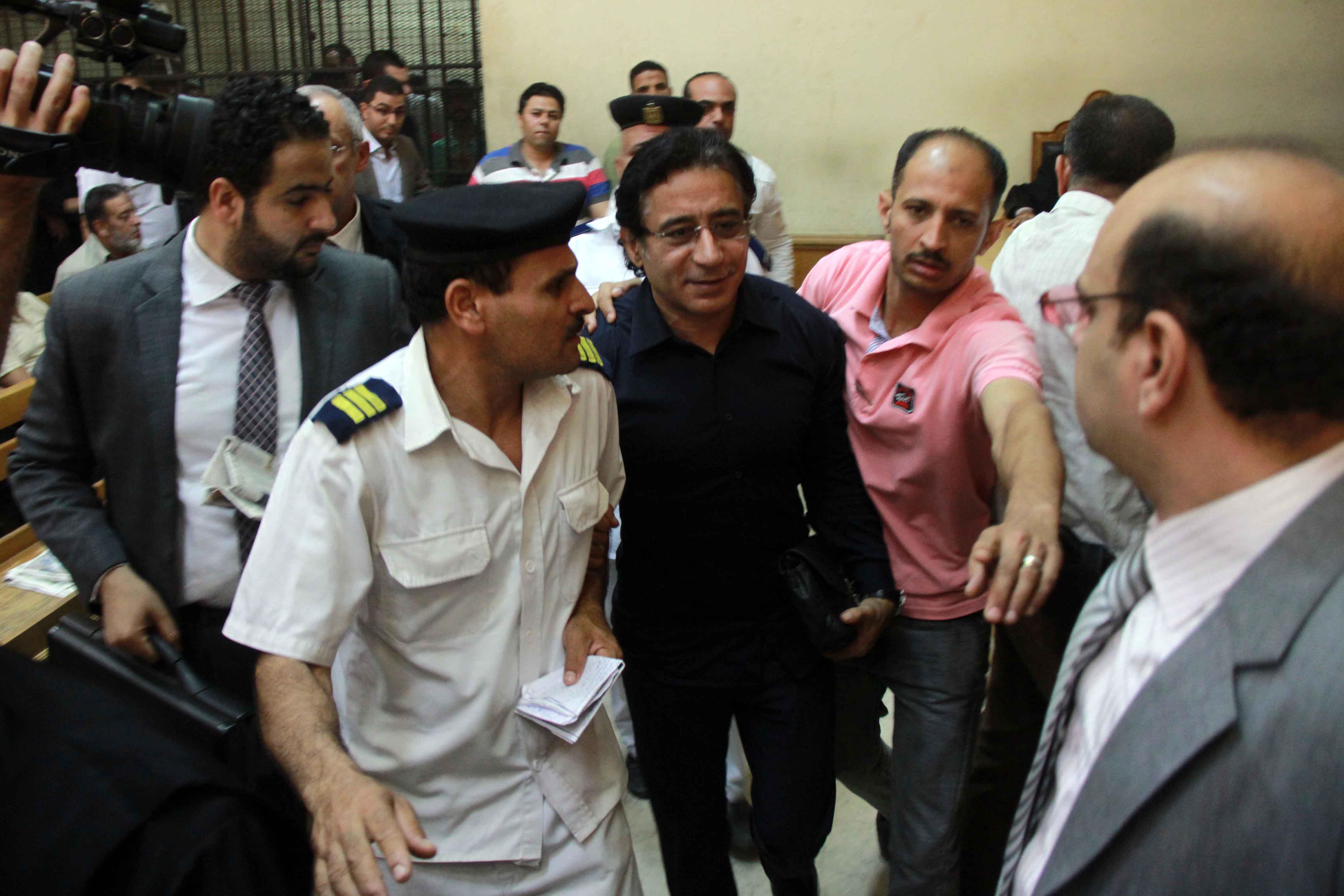 حقيقة القبض على محمد ناصر في المطار