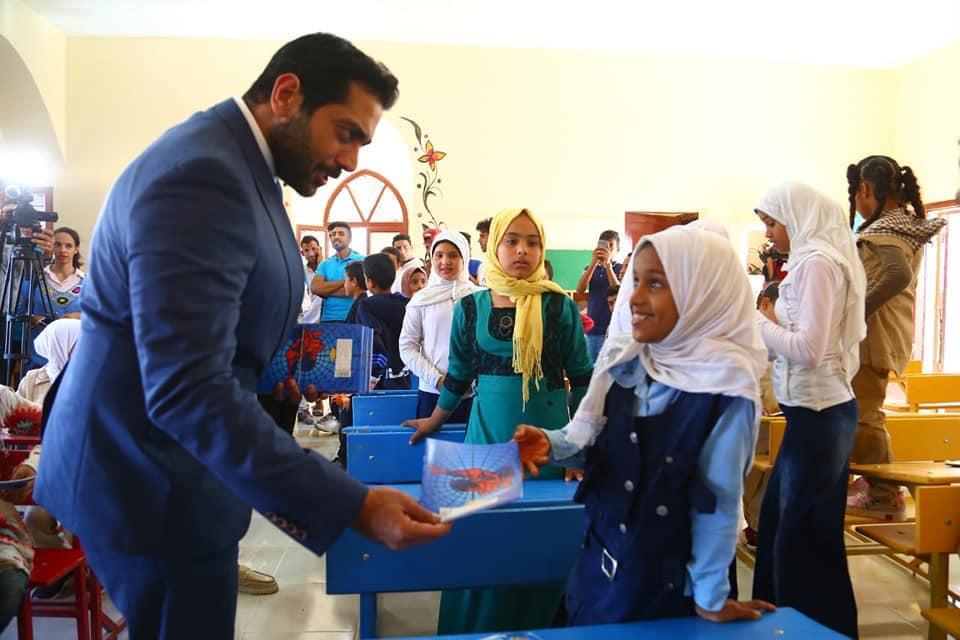 حقيقة زيارة أحمد فلوكس لمدرسة عشان فاكر نفسة بطل
